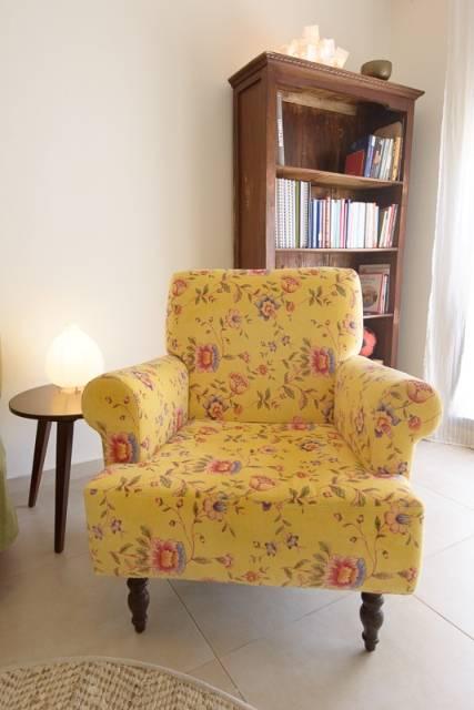 חפצים - עיצוב הבית אסתטיקה רגועה: קליניקת פסיכולוג בתל - אביב
