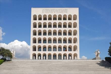 חפצים - עיצוב הבית Palazzo della Civiltà Italiana