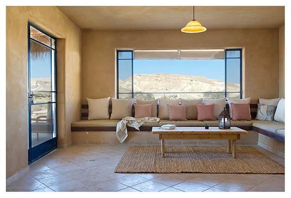 """חפצים - עיצוב הבית לחוות את המדבר - נופש בייחוד """"מדברא"""" וטיולים לכל המשפחה בערבה."""