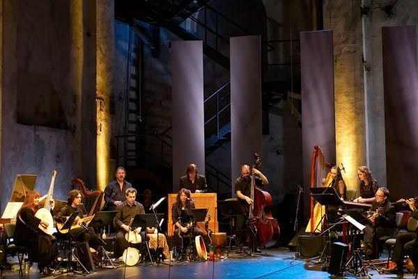 חפצים - עיצוב הבית L'Arpeggiata   - מוסיקת עממית, תקופת הבארוק – מרעננת האוזן והעיניים