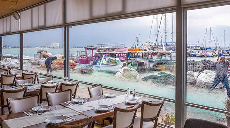 """חפצים - עיצוב הבית מסעדת שף """"אלמרסא"""" בעכו העתיקה – המלצה חמה"""
