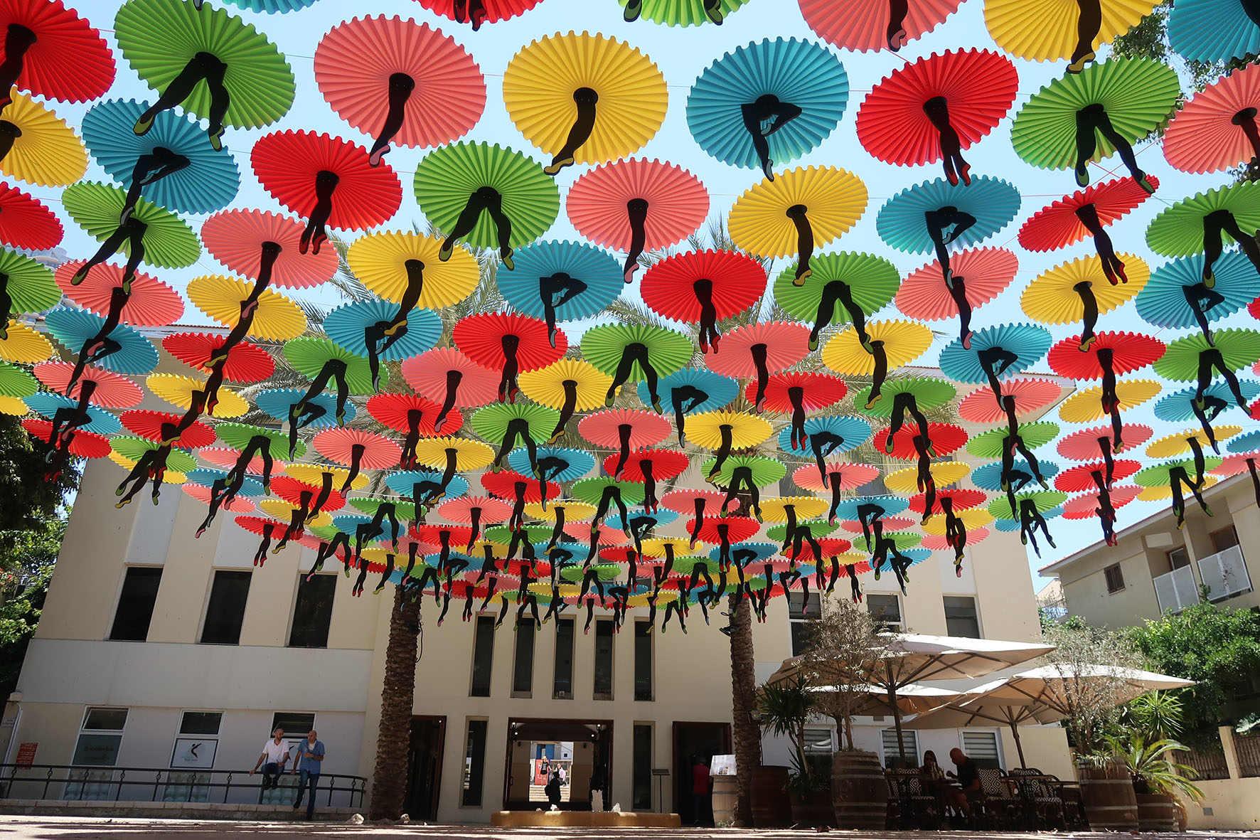 חפצים - עיצוב הבית פנטזיה ברחוב</br>מיזמים במרחב הציבורי מרשימים – מפתיעים ומעניינים