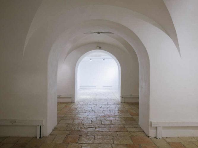 חפצים - עיצוב הבית בית למצורעים – מבנה היסטורי מהמאה ה- 19 – תערוכות אמנות</br>ומסעדה מאד מומלצת שהתמקמה בו – טיפ למבקרים בירושלים