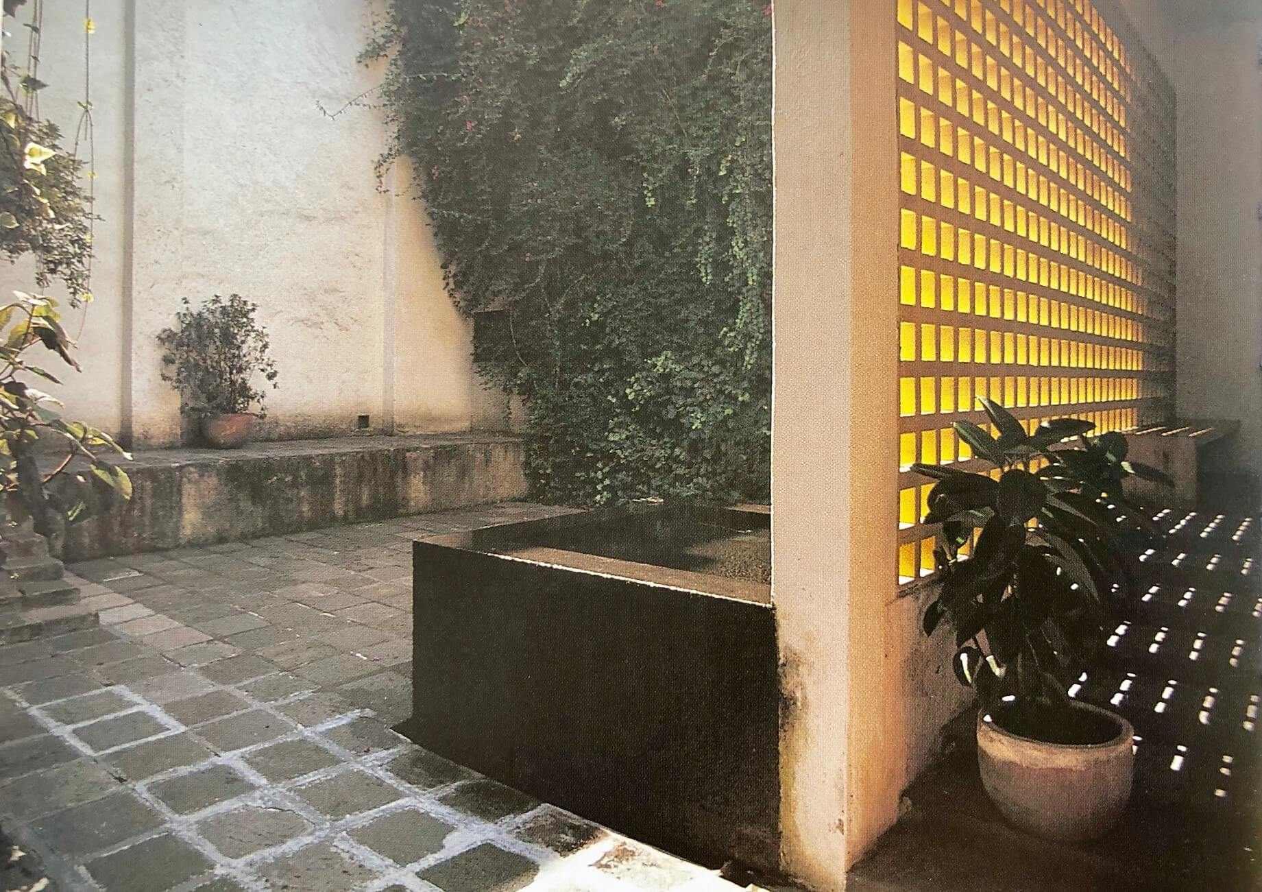 חפצים - עיצוב הבית צניעות</br>אפיקוריזם – פילוסופיה של הנאה המושגת באמצעים צנועים
