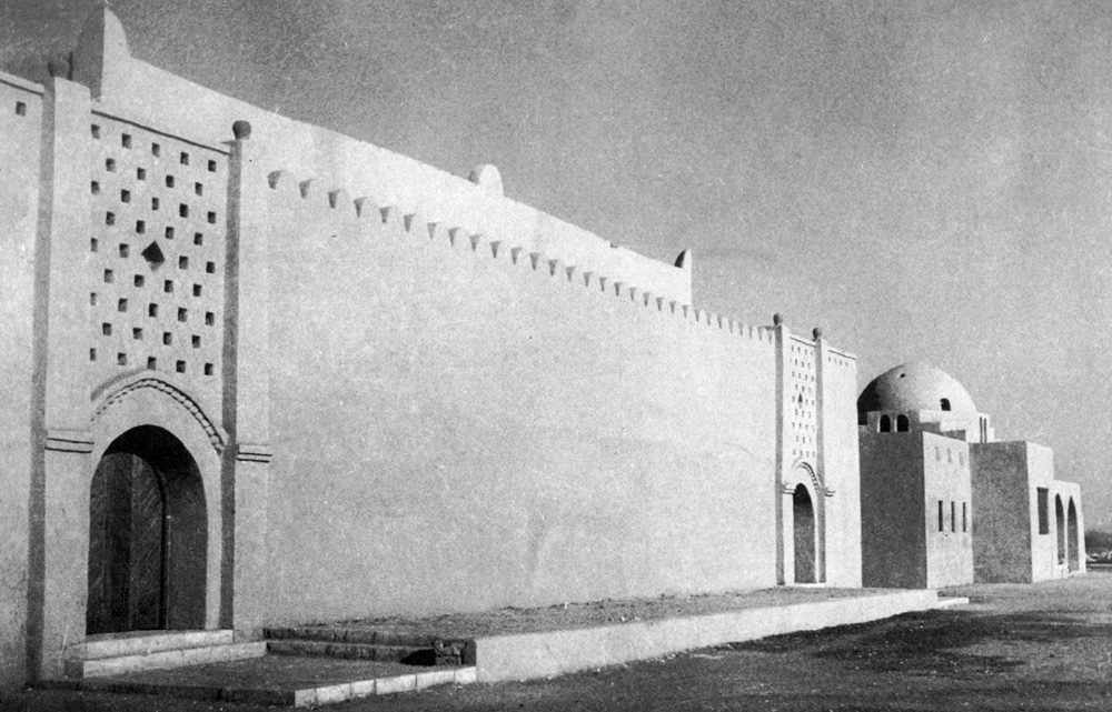 חפצים חסן פתחי – ארכיטקט מצרי<br>1989 - 1900